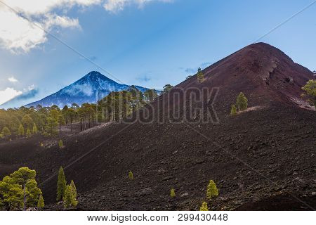 Pico Del Teide Is The Highest Peak In Spain. Tenerife, Canary Island.