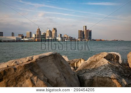 Scenic Windsor Ontario Riverfront Sunny Afternoon View Of Detroit, Michigan