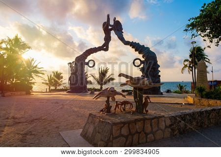 PLAYA DEL CARMEN,MEXICO - APRIL 14,2019 : Parque Fundadores at dawn on the beautiful beach town of Playa del Carmen in Mexico