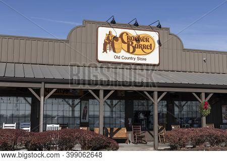 Indianapolis - Circa December 2020: Cracker Barrel Old Country Store Location. Cracker Barrel Serves