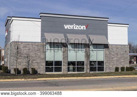 Greenfield - Circa December 2020: Verizon Wireless Retail Location. Verizon Delivers Wireless, High-