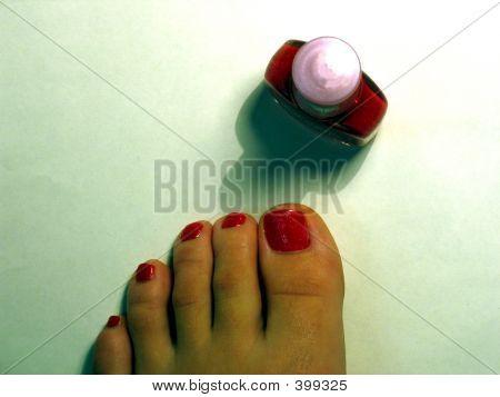Toes And Polish