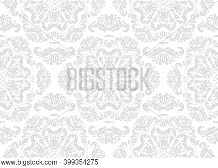 Classic Seamless Pattern. Damask Orient Light Silver Ornament. Classic Vintage Background. Orient Or