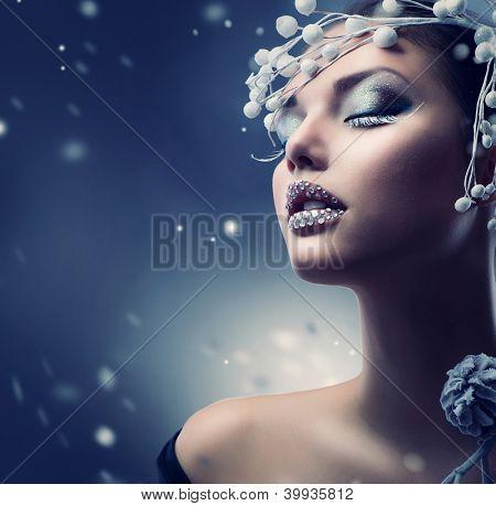 Winter Beauty Woman. Christmas Girl Makeup.Make-up