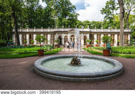 Saint- Petersburg, Russia - August 13, 2018: Fountain At Summer Garden In The Historical Center Of S