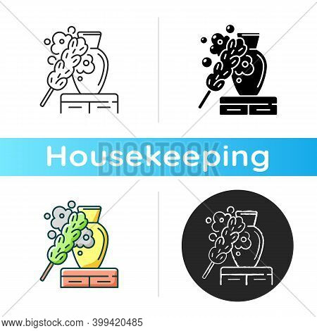 Dusting Icon. Linear Black And Rgb Color Styles. Household Chore, Housekeeping. House Cleaning Servi