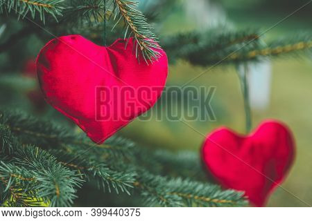 Handmade Stuffed Hearts. Handmade Christmas Decoration Ideas For Children. Environment, Recycle And