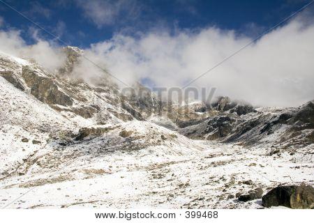 Cho La Pass - Dzonglha Side