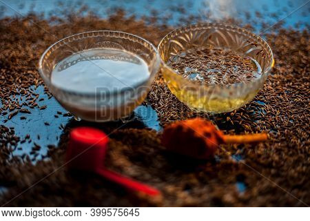 Face Mask For Pimple-acne Free Skin Consisting Of Some Cumin Seeds Powder, Turmeric And Yogurt On A
