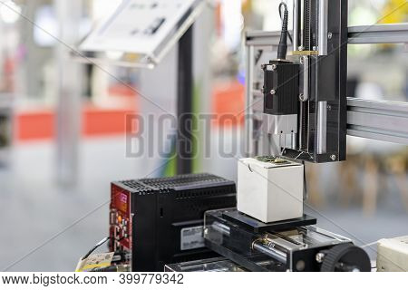 High Accuracy And Sensitive Sensor Measurement For Inspection Precision Parts For Quality Control Ma