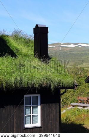 Norway Sod Roof Traditional House. Norwegian Traditional Architecture In Setesdalen Valley Of Agder