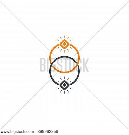 Linked Rings Colorful Design Logo Vector Unique Unusual Fashion Business Brand Clear Fashion Decorat
