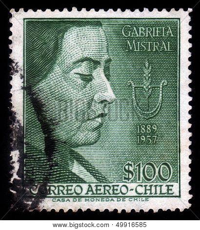 Gabriela Mistral, Poetess