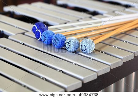 Vibraphone Keyboard with Mallets