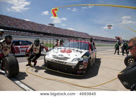 Jim Beam Pit Stop Nascar Sprint Cup Series Aarons 499 Apr 26