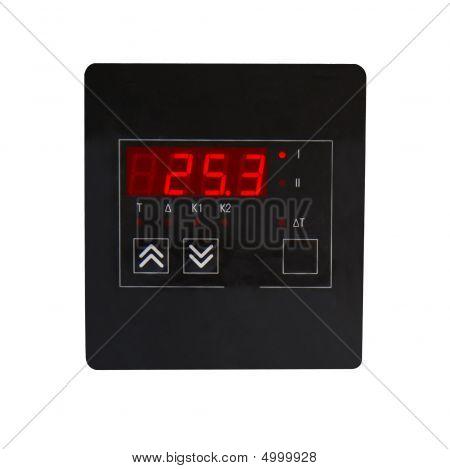 Medición instrumento (uno mismo-equilibrio potenciómetro) aislado en blanco.