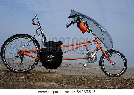 Long Wheelbase Recumbent Bicycle
