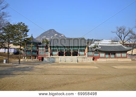 Parujeong, Jibokjae And Hyeogildang In Gyeongbok Palace, Korea