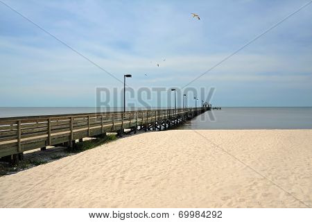 Lighthouse Pier