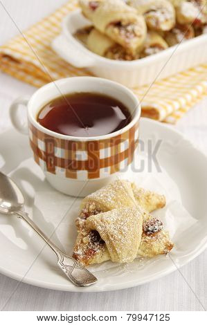 Rugelah and tea