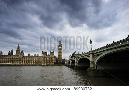 London Skyline Include Westminster Palace And Big Ben