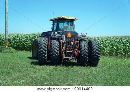 A Versatile 836 Tractor