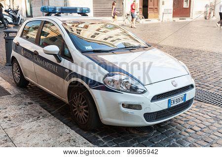 White Fiat Punto Police Car In Rome