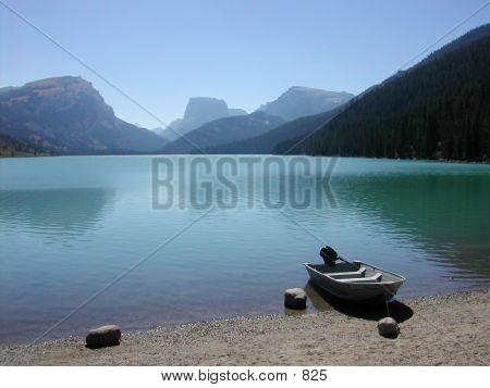 Wyoming - Mountain, Lake, Boat And Rock