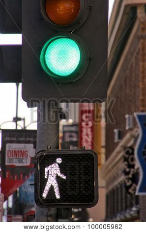 Reno, Usa - August 12: Traffic Light In The Street On August 12, 2014 In Reno, Usa. Reno Is The Most