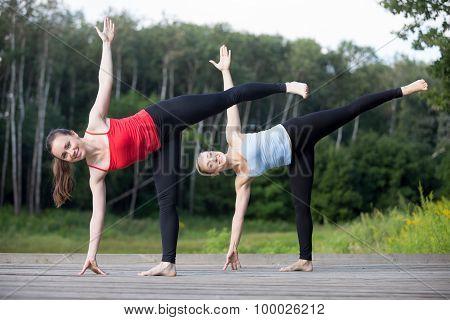 Yoga Class: Ardha Chandrasana