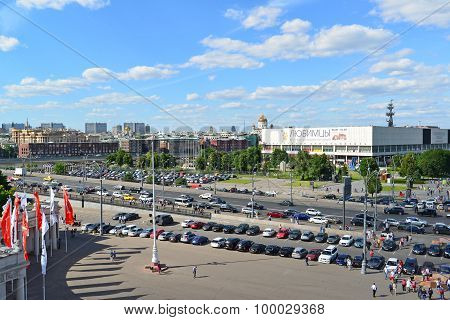 MOSCOW, RUSSIA - 26.06.2015. Top view on   Sadovoye Koltso - one of most important and major roads i