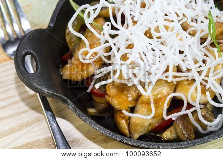 Chicken in sweet curry sauce