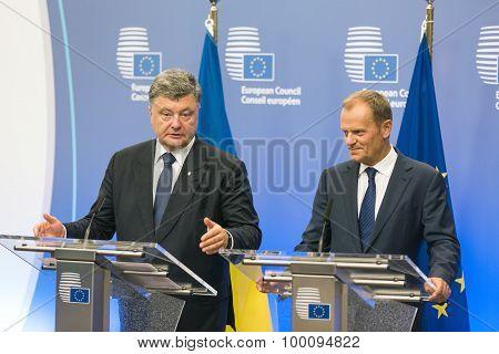 Donald Tusk And Petro Poroshenko