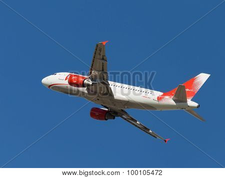 Airbus A319-111 Passenger Aircraft