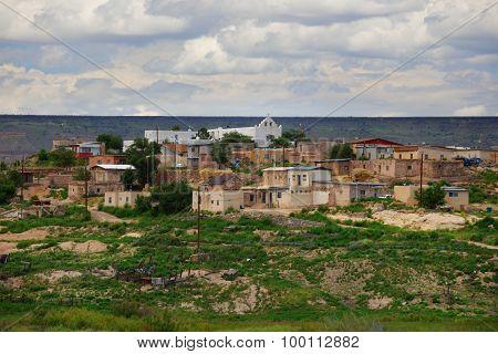 Far shot of New Mexico housing neighborhood