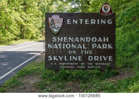 Shenandoah Entry Sign