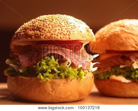 Big Burgers With Bacon