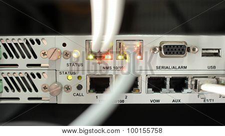 Telecommunication equipment, optical multiplexor