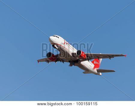 Airbus A319-111 Passenger Aircraft Tatarstan Air