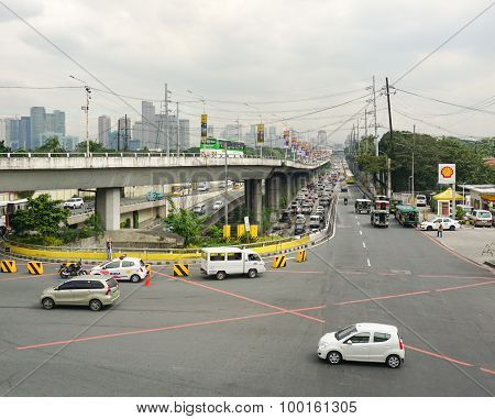 Traffic On The Street In Makati City