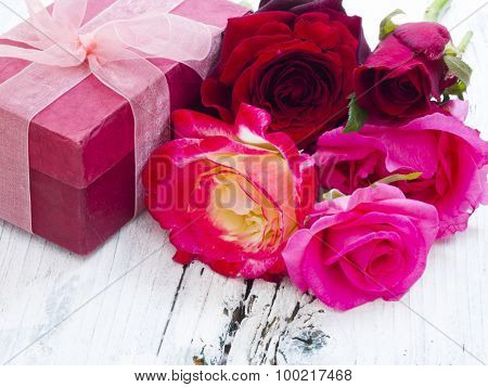 gift box with beautiful roses