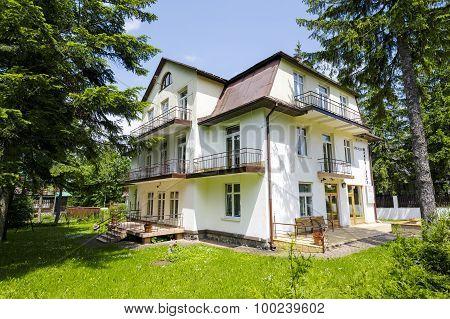 Holiday Resort Called Bialy Slad In Zakopane