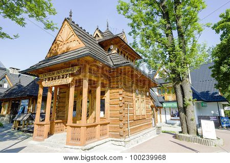 Pocztowka, Small Wooden House In Zakopane