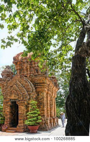 Ponagar Tower, Temple, Thap Ba, Po Nagar, Nha Trang