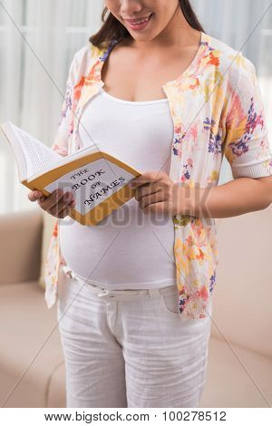 Reading book for expectant mothers