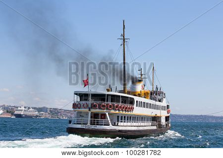 Tourist Ships And Water Golden Horn. Istanbul, Turkey