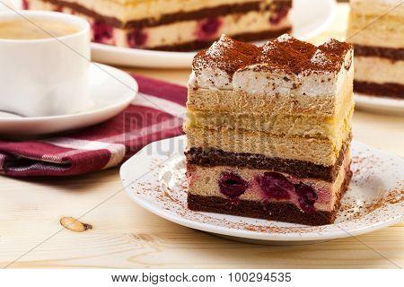 Tiramisu Cake