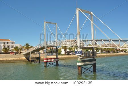 The lift bridge at Lagos marina