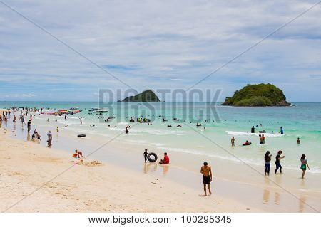 Many People visit at Nang Rum Beach in Thailand
