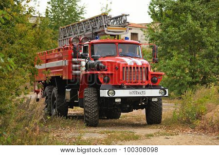 Orel, Russia - August 28, 2015: Russian Fire Engine In Country Road